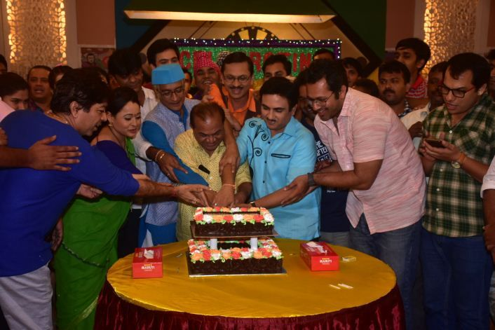 Team TMKOC Celebrating 2500 episodes _7