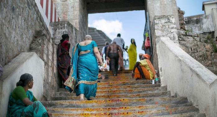 મંદિરમાં વાળનું દાન, 55 દેશમાં હજારો કરોડનો ધમધમતો વેપાર